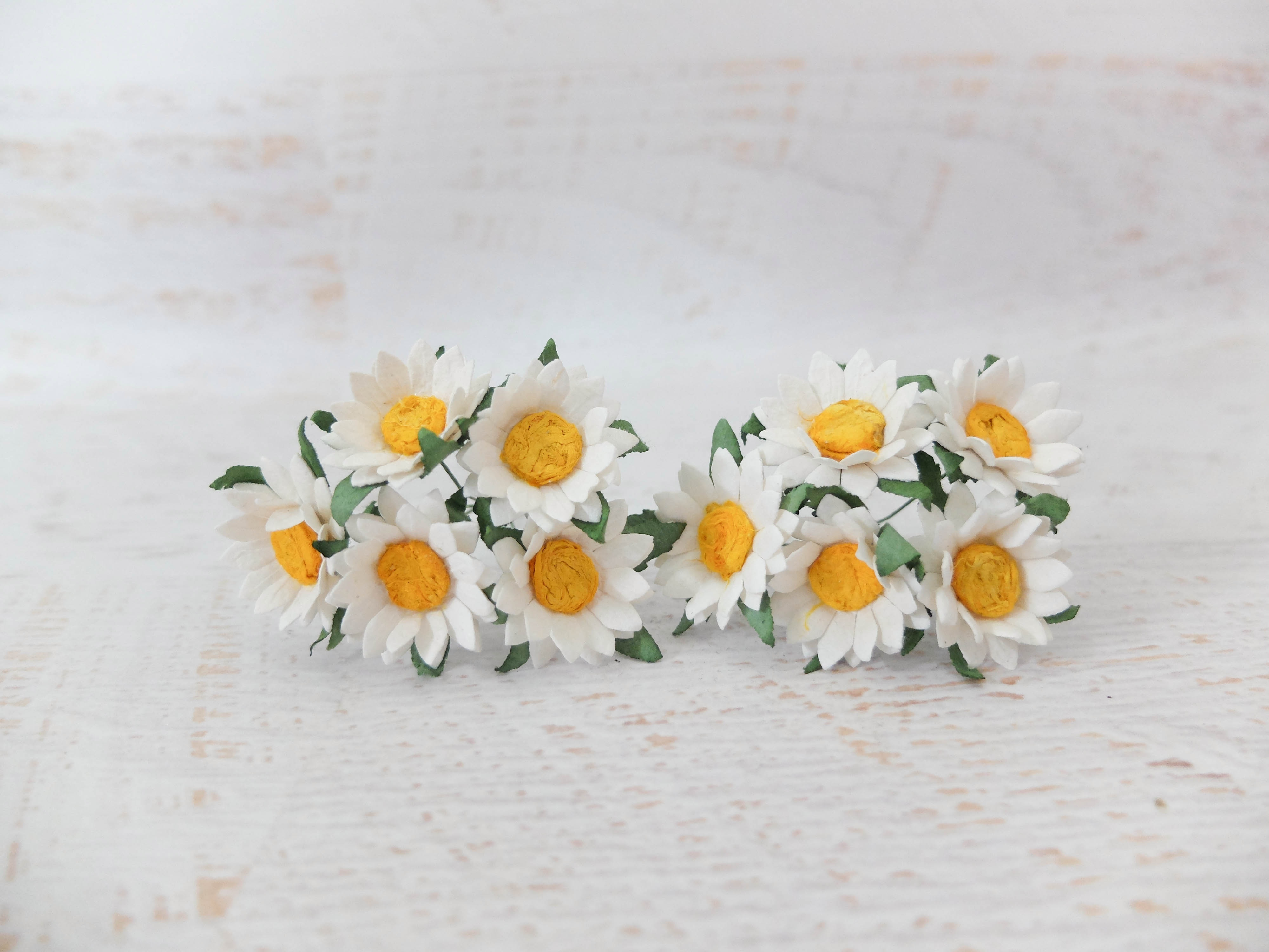 3 Cm Paper White Daisies 50 Daisies Mulberry Paper Flowers With