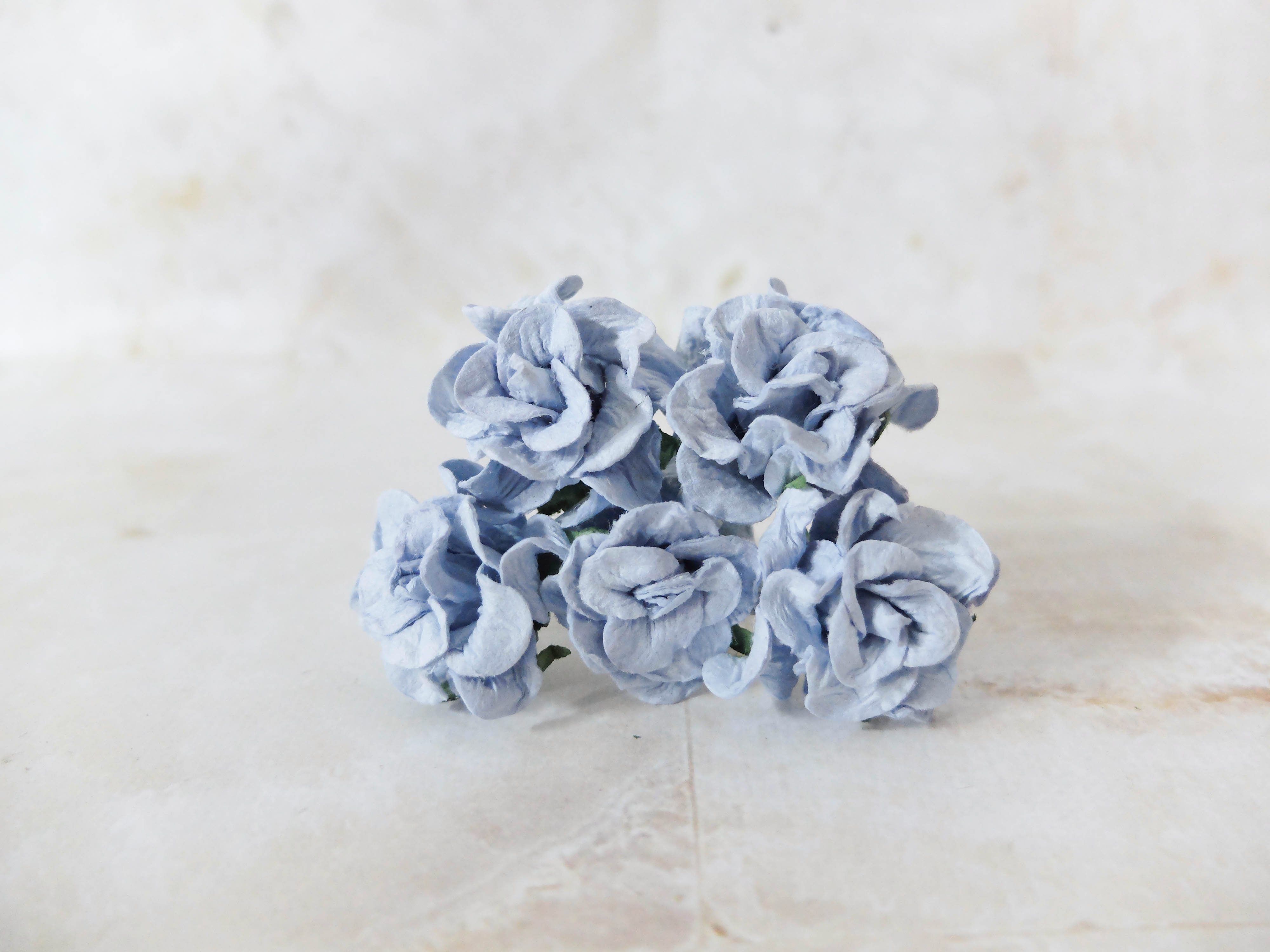 30mm paper gardenia buds - 25 pcs - mulberry paper flowers with wire ...