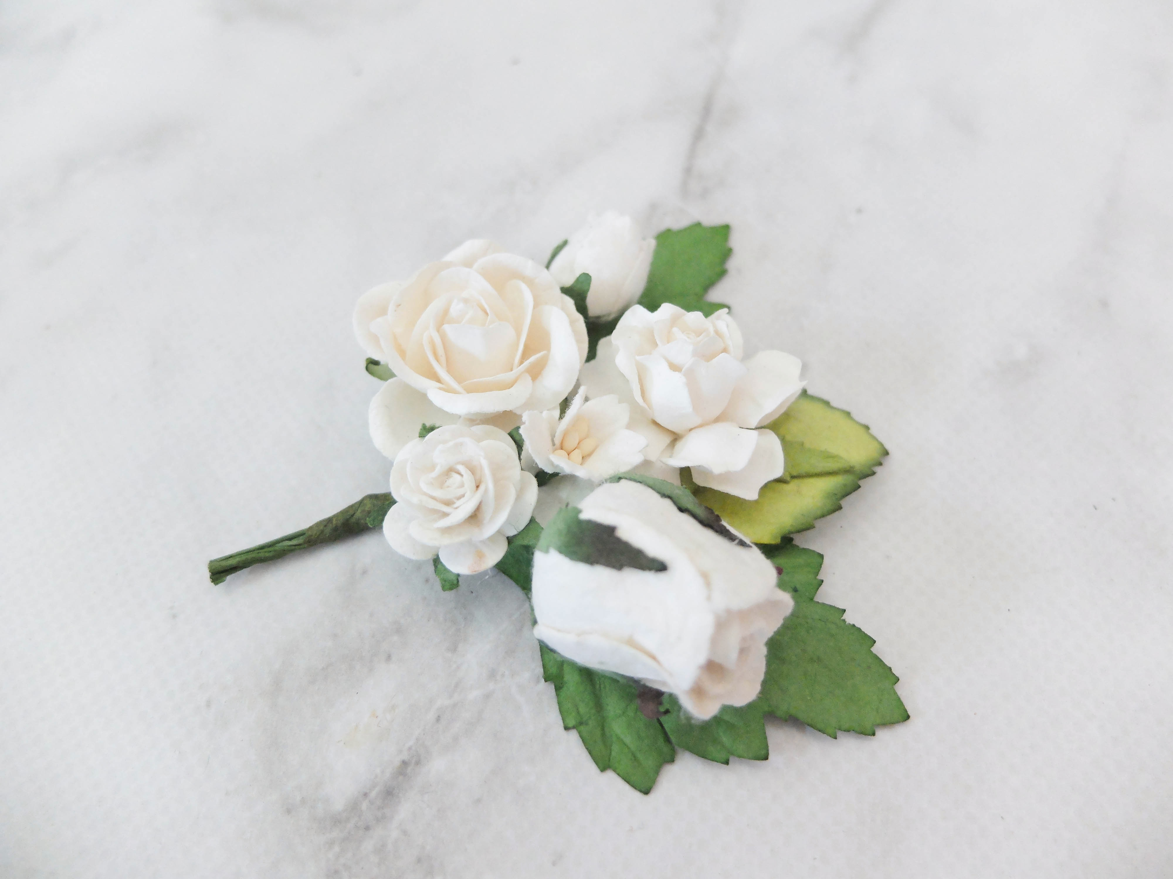 Wedding flower boutonnire buttonhole white flower corsage wedding flower boutonnire buttonhole white flower corsage mightylinksfo