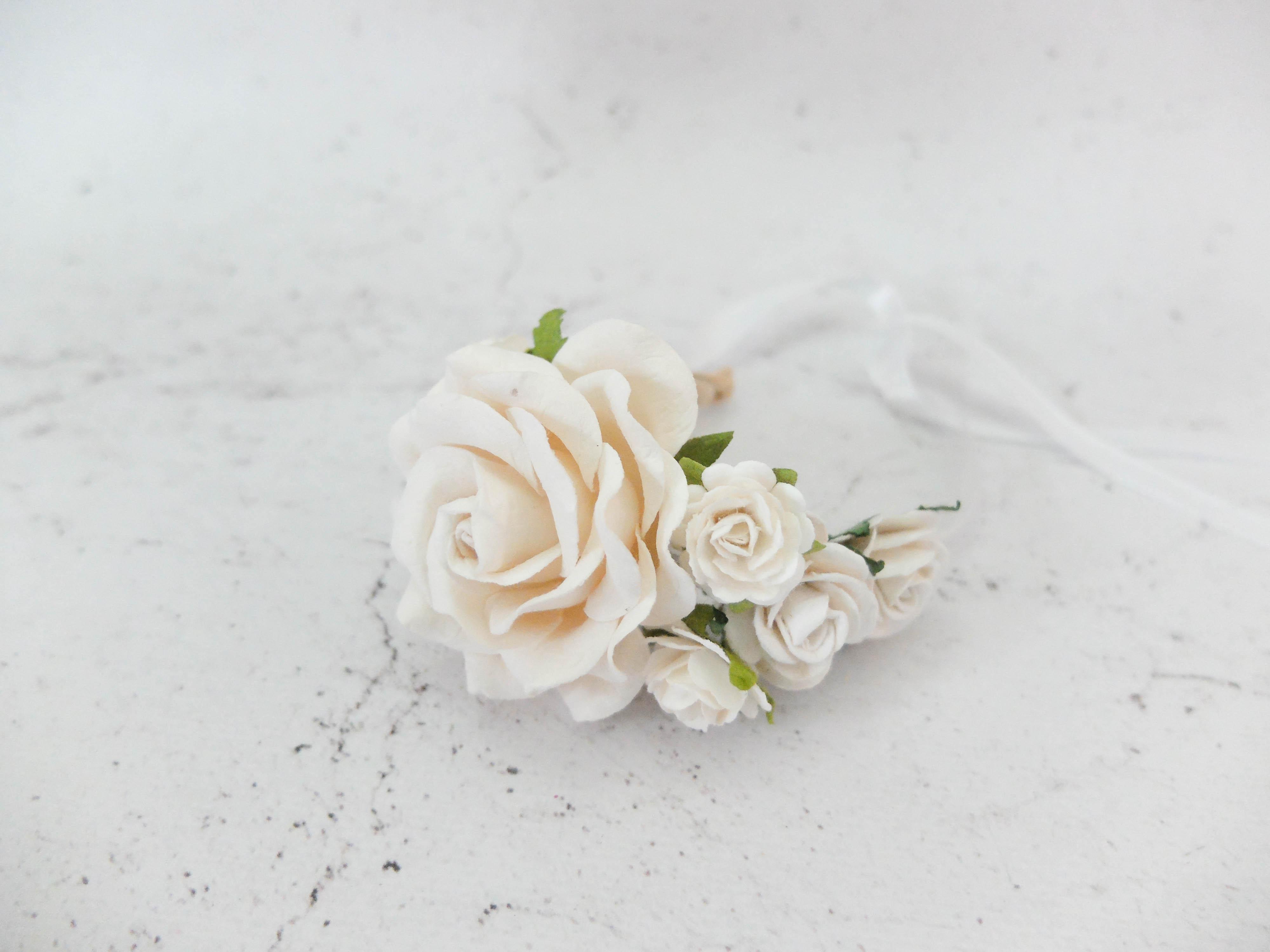 Wedding flower wrist corsage soft white bridal floral bracelet wedding flower junglespirit Gallery
